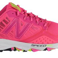 Desde 54,91 euros tenemos las zapatillas de running para mujer New Balance 690v2 a la venta en Amazon