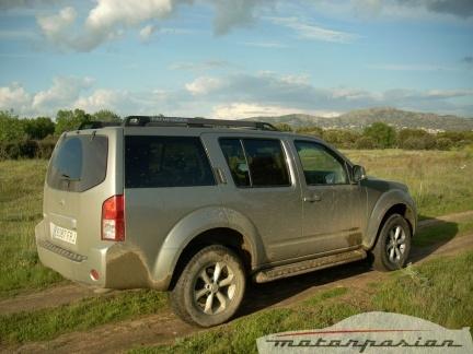 Nissan pathfinder prueba parte 1 for Frontier motors el reno