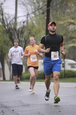 Entrenar la fuerza en los corredores, básico para mejorar los resultados