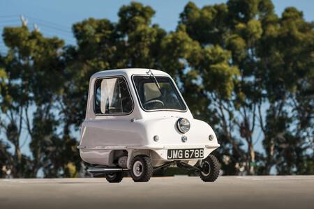 Esto no es un juguete, es el Peel P50: así es el coche más pequeño del mundo jamás fabricado
