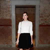 Dakota Johnson en la cena organizada por Miuccia Prada para Miu Miu en el Festival de Venecia