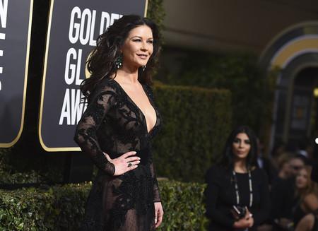 Catherine Zeta-Jones se marca un Pedroche en la alfombra roja de los Globos de Oro 2018