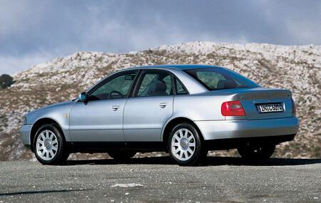 Llamada a revisión de hasta cinco modelos Audi, como el A4, el A6 o el TT, por un fallo en los airbags Takata