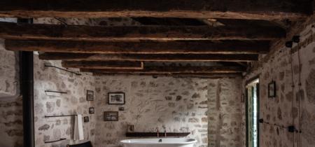 Una casa que fue destruida en la Guerra de Yugoslavia y que ha resurgido así de bonita