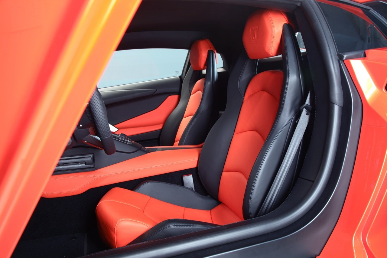 Foto de Lamborghini Aventador LP700-4 (20/62)