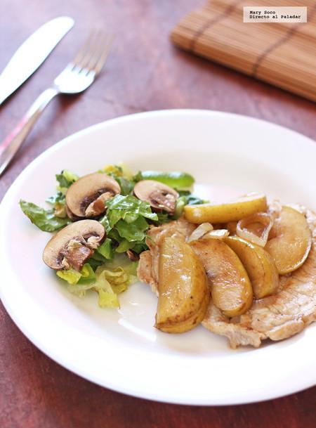 Filetes de lomo de cerdo con manzana. Receta fácil
