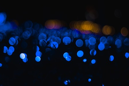 Transfiriendo datos a través de la luz: logran hasta 2,2 Mb/s de velocidad a través de diodos OLED