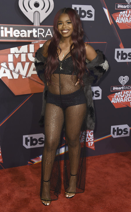 Iheart Radio Music Awards Alfombra Roja 2017 Looks 12