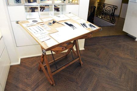 mesa de trabajo del artista