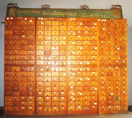 Mundaneum Tirang Karteikaarten