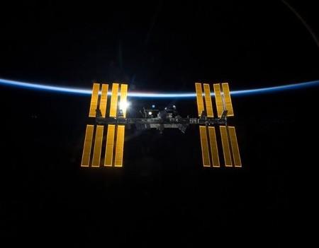 [Vídeo] ¿Qué pasa si lanzas un boomerang en el interior de la Estación Espacial Internacional?