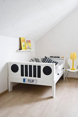 Convierte una cama de Ikea en un divertido coche para tus hijos