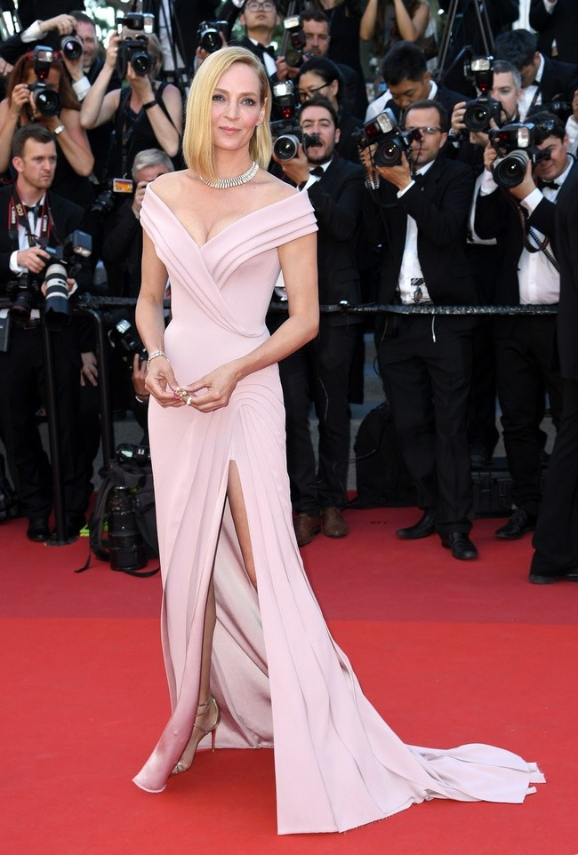 mejor vestidas 2017 alfombra roja Uma Thurman De Atelier Versace