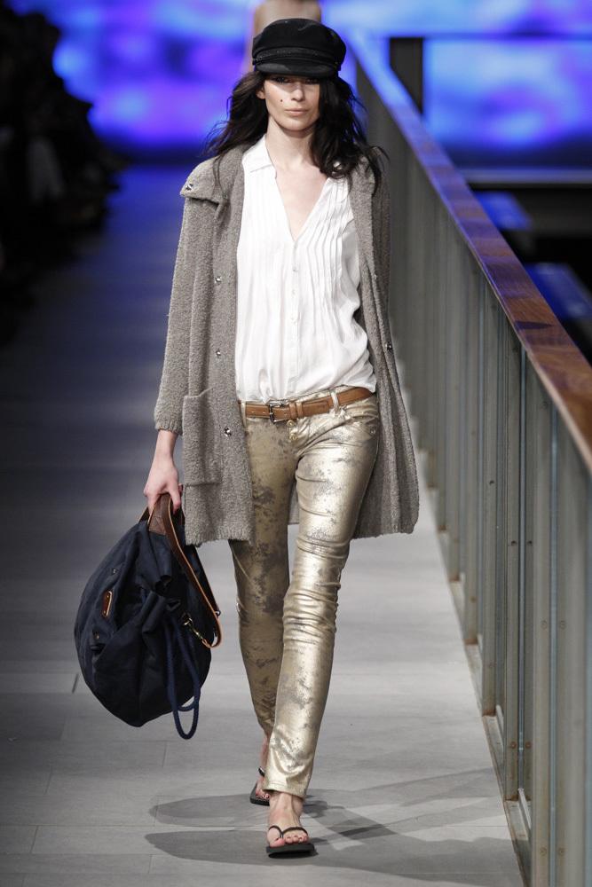 Foto de TCN Otoño-Invierno 2014/2015 en la 080 Barcelona Fashion (44/120)