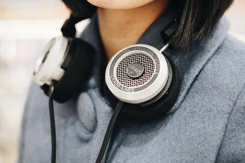 Tipos de auriculares por su forma: estos son los diseños más habituales que podemos encontrar en el mercado