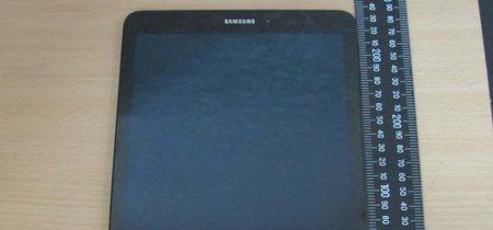 Galaxy Tab S3 aparece en escena presumiendo un cuerpo de cristal y metal