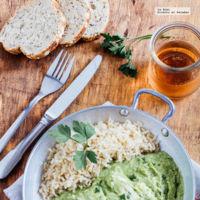 Filete de pescado en salsa de brócoli. Receta saludable de Primavera