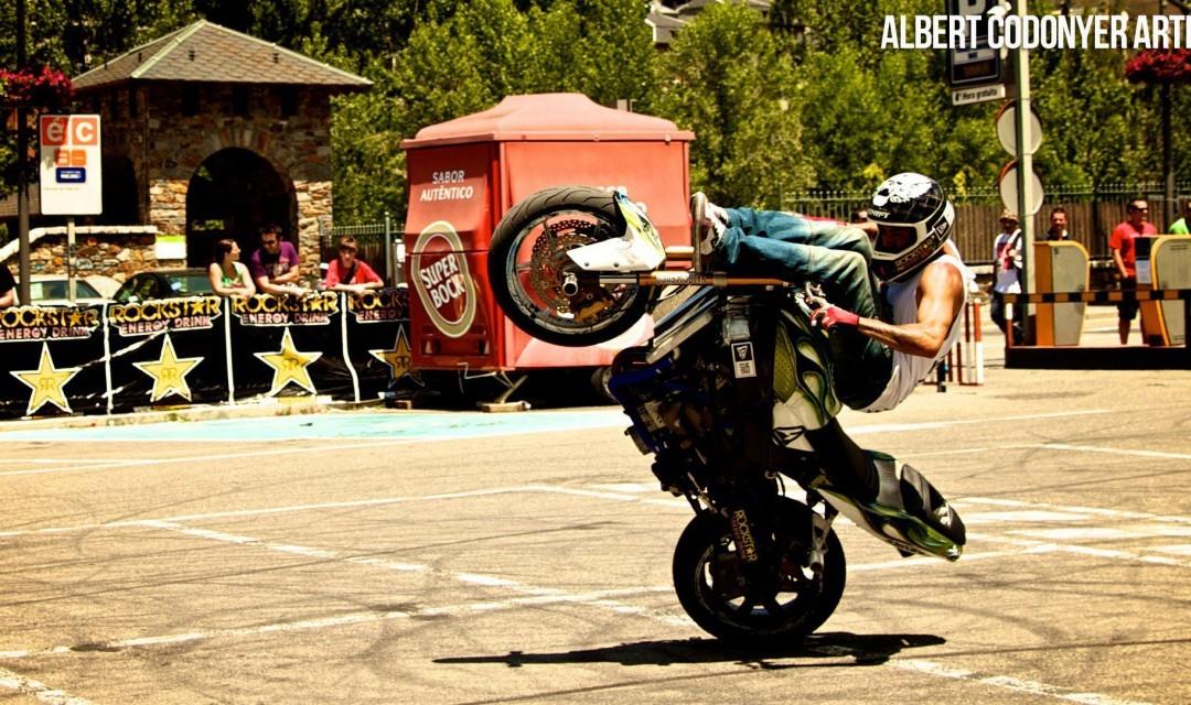 Foto de Éxito del primer campeonato de Freestyle Stunt Riding Encamp 2011 (5/18)