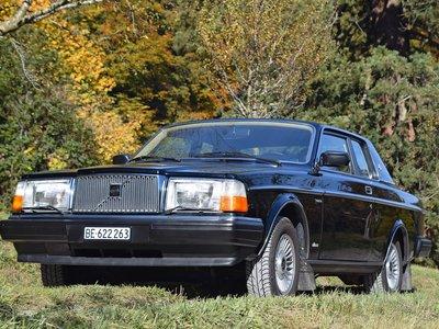 El mítico Volvo 262C Bertone de David Bowie, subastado por 216.000 dólares