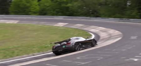El Koenigsegg One:1 ya está luchando contra el cronómetro en Nürburgring
