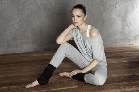 oysho_gymwear-collection-adidas-for-oysho-special-footwear-collection-14.jpg