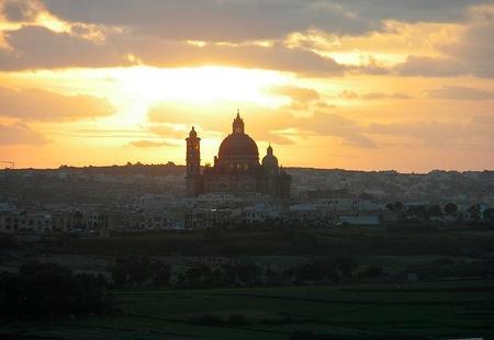 """La """"Iglesia Redonda"""" de Xewkija en Gozo, Malta"""