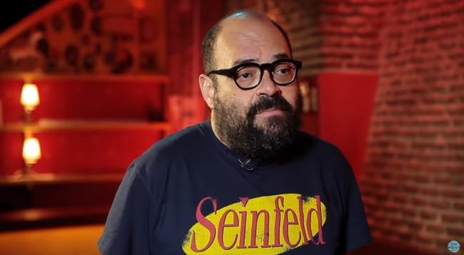 Sweet Juan Ignacio se presenta al casting del Eje del mal, pero su humor no está a la altura