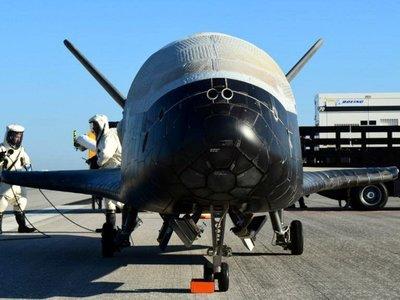 """Starship Troopers, pero de verdad: Estados Unidos prepara el primer """"Cuerpo Militar Espacial"""" para 2019"""