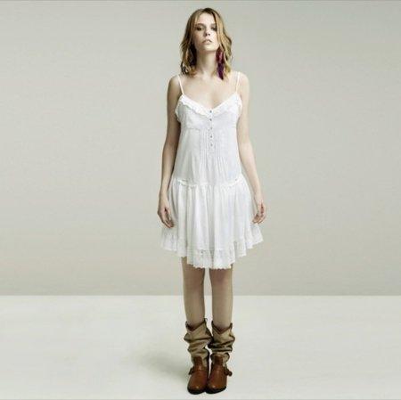 Romántica lookbook mayo de Zara