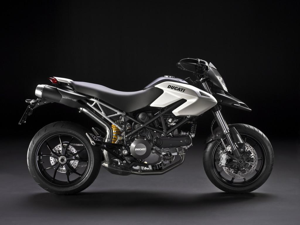Foto de Ducati Hypermotard 796, primeras fotos y datos oficiales (3/4)