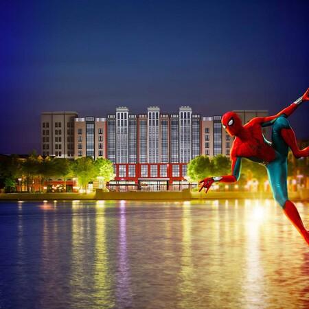 Disneyland París abre el primer hotel dedicado al universo Marvel, con obras de arte exclusivas