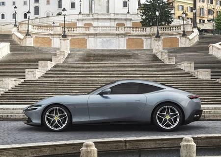 Ferrari Roma 2