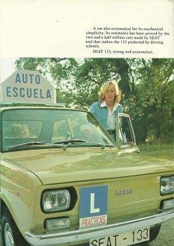 SEAT 133 Autoescuela