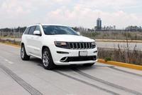 Jeep Grand Cherokee SRT8 2014: Fuerza bruta