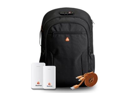 Esta mochila quiere transformarnos en un WiFi ambulante y hasta en una fuente de alimentación