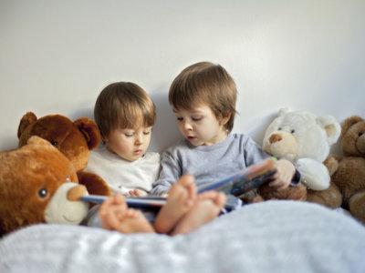 Ocho libros imprescindibles para regalar a los niños en el Día del Libro