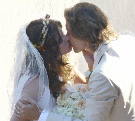 Milla Jovovich se ha casado