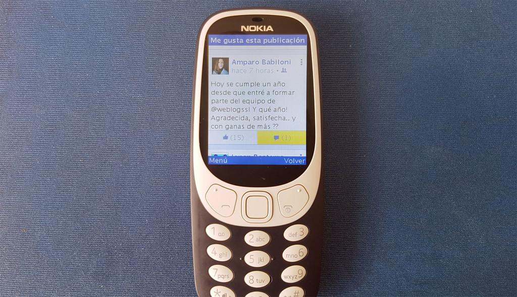 Facebook tres Nokia 3310