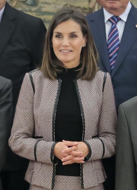 Doña Letizia inaugura la temporada otoñal con su último look
