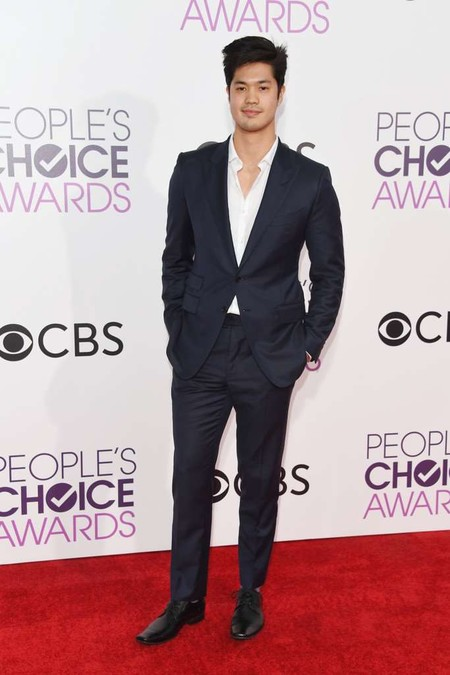 Ross Butler Peoples Chooice Awards Red Carpet