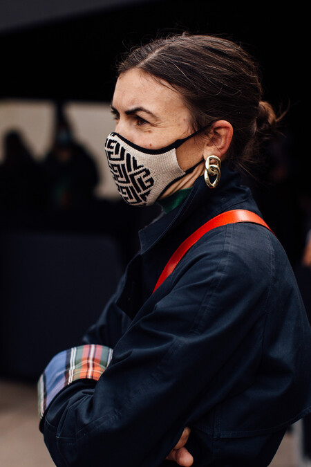 Givenchy Mask Street Style 01