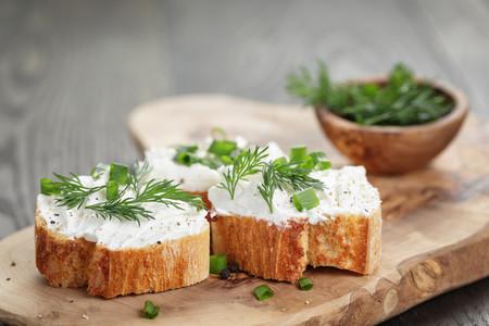 Cinco quesos cremosos para el picoteo del finde (y siete recetas para lucirse con ellos)