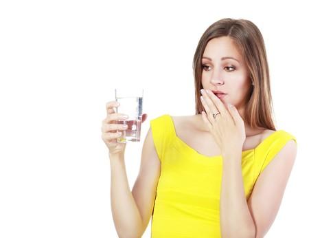 ¿Bebes menos agua del que deberías? Apunta estas alternativas que harán más fácil tu hidratación