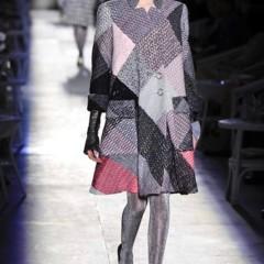 Foto 4 de 61 de la galería chanel-alta-costura-otono-invierno-2012-2013-rosa-gris-brillos-y-nuevo-vintage en Trendencias