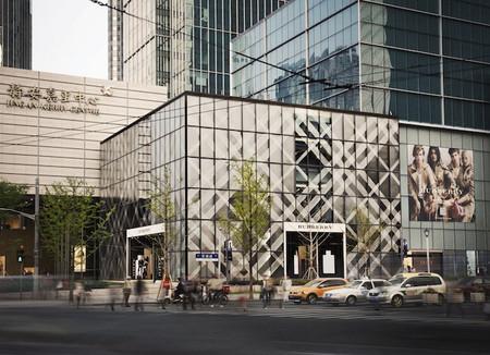Burberry inaugura una nueva flagship store en Shanghái
