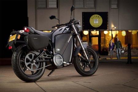 Brammo cambiará la flota de motos oficiales de Hong Kong por una completamente eléctrica