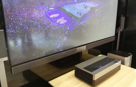 Hisense 4k Short Throw Projector