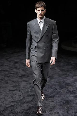 Prada, colección Otoño-Invierno 2009/2010, chaqueta cruzada