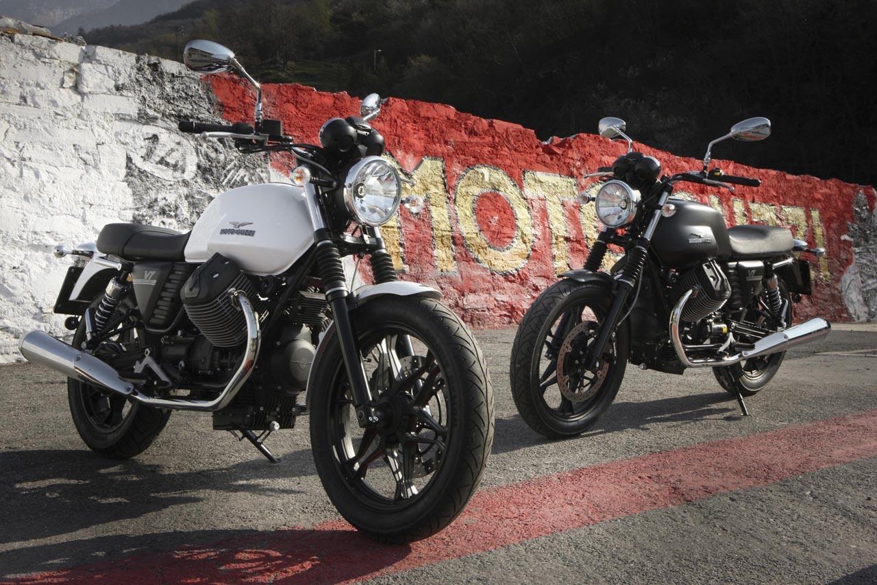 Foto de Moto Guzzi V7 Stone (15/57)