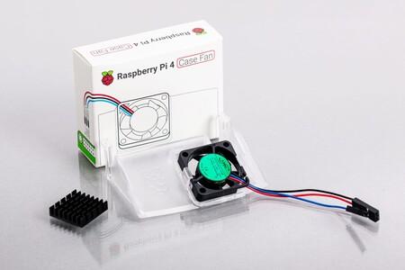 Raspberry Pi 4 ya tiene caja oficial con refrigeración por ventilador: cuesta apenas 5 dólares